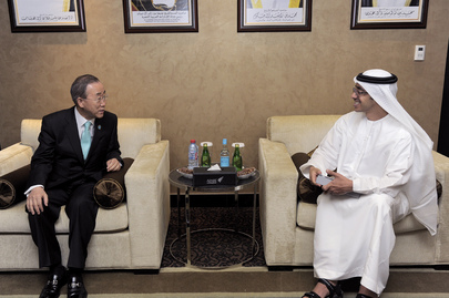 Secretary-General Meets U.A.E. Foreign Minister in Abu Dhabi