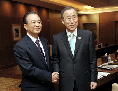 Secretary-General Meets Chinese Prime Minister in Abu Dhabi
