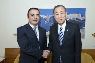Secretary-General Meets CEO of Renault-Nissan at Davos
