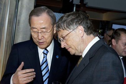Secretary-General and Bill Gates Co-Host Global Fund Dinner in Davos