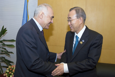 Secretary-General Meets Egyptian Foreign Minister in Addis Ababa