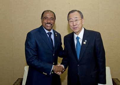 Secretary-General Meets Head of UNAIDS in Addis Ababa