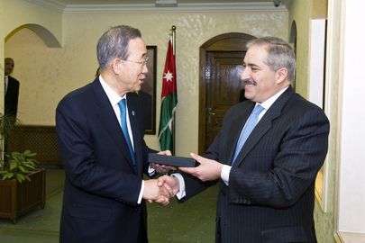 Secretary-General Meets Jordanian Foreign Minister in Amman
