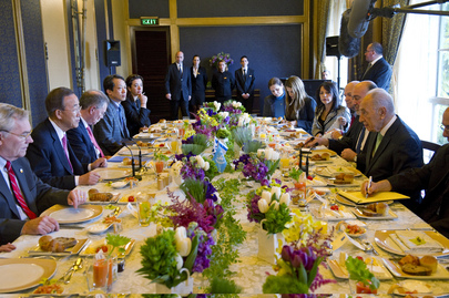 Secretary-General Attends Working Breakfast with Israeli President