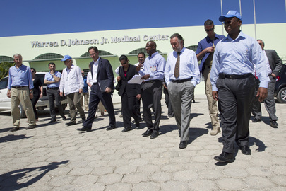 Security Council Delegation Visits Cholera Treatment Centre in Haiti