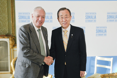 Secretary-General Meets Spanish Foreign Minister at London Conference on Somalia