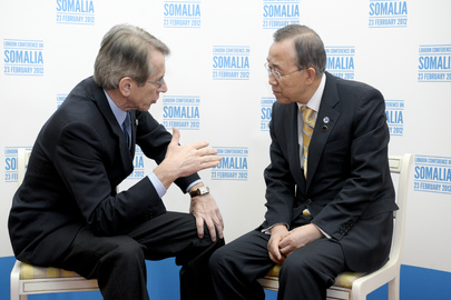 Secretary-General Meets Italian Foreign Minister at London Conference on Somalia