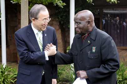 Secretary-General Meets First President of Zambia