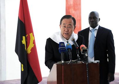 Secretary-General Launches Polio Vaccination Campaign in Angola