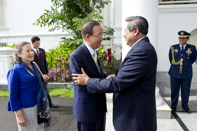 Secretary-General Arrives at Presidential Residence in Jakarta