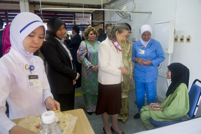 Secretary-General Visits Clinic in Malaysia ahead of TB Day