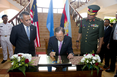 Secretary-General Visits Peacekeeping Training Center in Malaysia