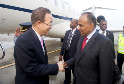 Secretary-General Arrives in Singapore
