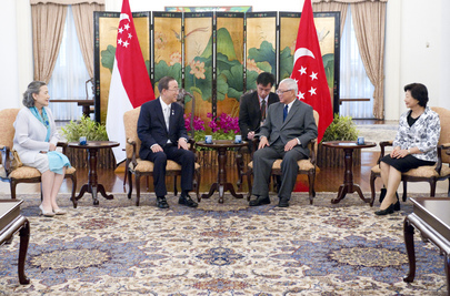 Secretary-General Meets President of Singapore
