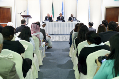 Secretary-General Meets UN Staff in Kuwait