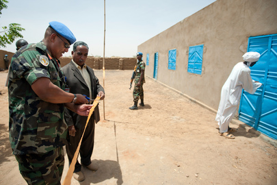 UNAMID Builds Classrooms in North Darfur Camp for Displaced