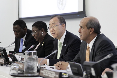 Secretary-General Stresses Reproductive Health Care at Meeting on Youth