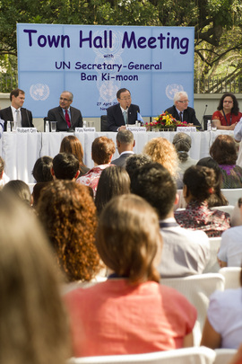 Secretary-General Holds Town Hall with UN Staff in New Delhi