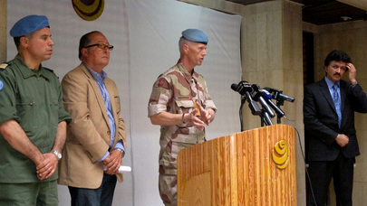 Head of UNSMIS Holds First Press Conference in Homs
