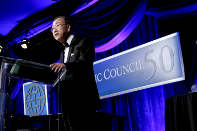 Atlantic Council Awards Secretary-General at Annual D.C. Dinner