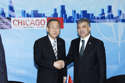 Secretary-General Meets Turkish President at NATO Summit in Chicago