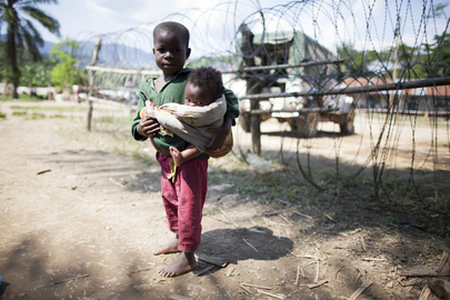 DRC Children Seek Refuge near UN Mission after Heavy Fighting