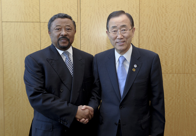 Secretary-General Meets Chair of A.U. Commission in Istanbul