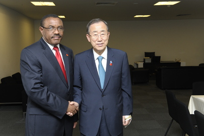 Secretary-General Meets Ethiopian Foreign Minister at 2nd Istanbul Conference on Somalia