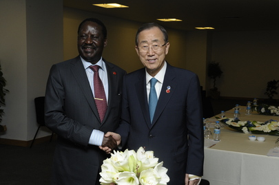 Secretary-General Meets Kenyan Prime Minister at 2nd Istanbul Conference on Somalia