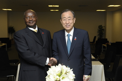 Secretary-General Meets Ugandan President at 2nd Istanbul Conference on Somalia
