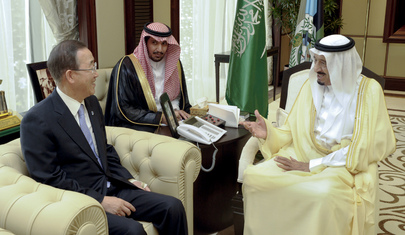 Secretary-General Meets Defense Minister of Saudi Arabia