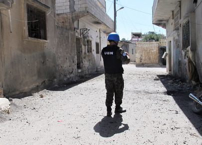 UN Observers Document Damage Done by Recent Shelling in Homs
