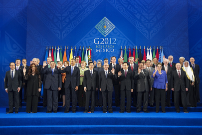 Leaders Pose for Group Photo at Los Cabos G20