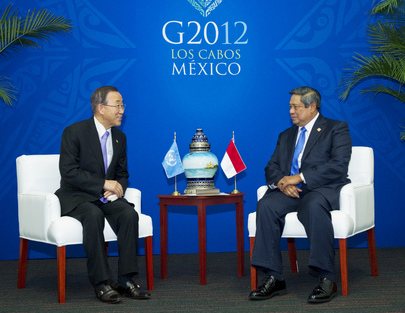 Secretary-General Meets President of Indonesia at Los Cabos G20