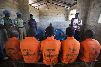 UN Officers Work with Liberian Prison Monitors