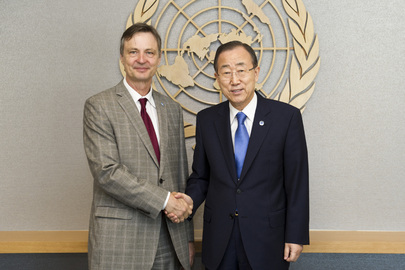 Secretary-General Meets His Representative for Western Sahara