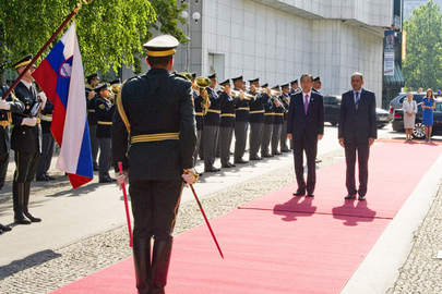 Secretary-General Welcomed by Prime Minister of Slovenia