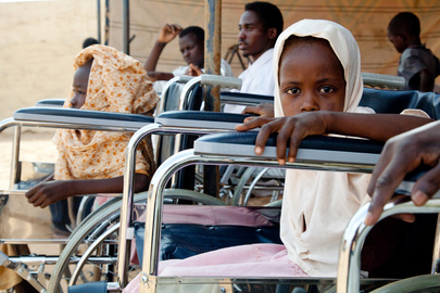 UN Volunteers Deliver Donations to Disabled Population in Darfur
