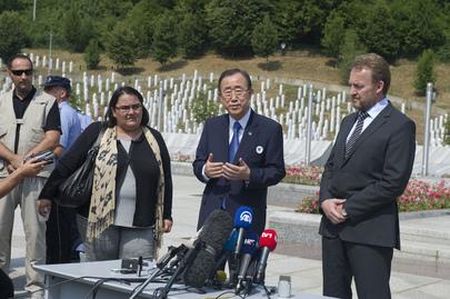 Secretary-General Visits Srebrenica Memorial
