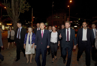 Secretary-General Visits Old City of Sarajevo