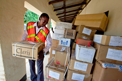 UNAMID Delivers Medical Supplies to Kutum Hospital