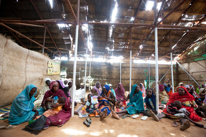 Displaced Residents Return to Darfur Camp After Looting and Violence