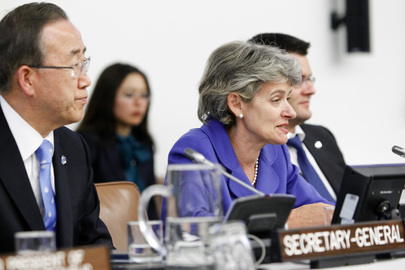 Ban Ki-moon e Irina Bokova em registro de 2012. Foto: ONU/Rick Bajornas