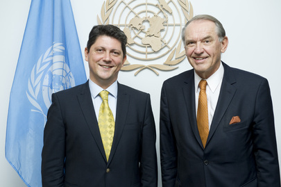 Deputy Secretary-General Meets Foreign Minister of Romania