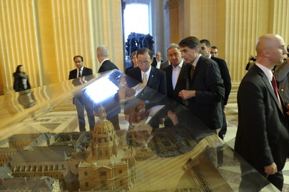Secretary-General Visits Eglise du Dôme in Paris