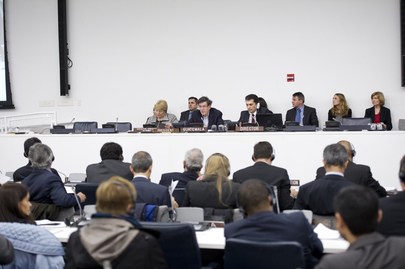 Security Council Extends AMISOM Mandate, Adopts Statement on Women's Role in Peace and Security