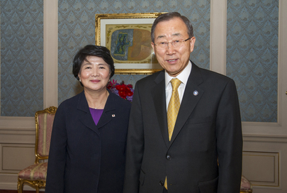 Secretary-General Meets President of Korean Red Cross