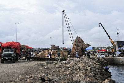 Mogadishu Seaport Sees Renewed Activity after Twenty Years of War