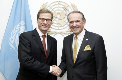 Deputy Secretary-General Meets Foreign Minister of Germany