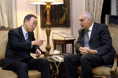 Secretary-General Meets Egyptian Foreign Minister in Cairo